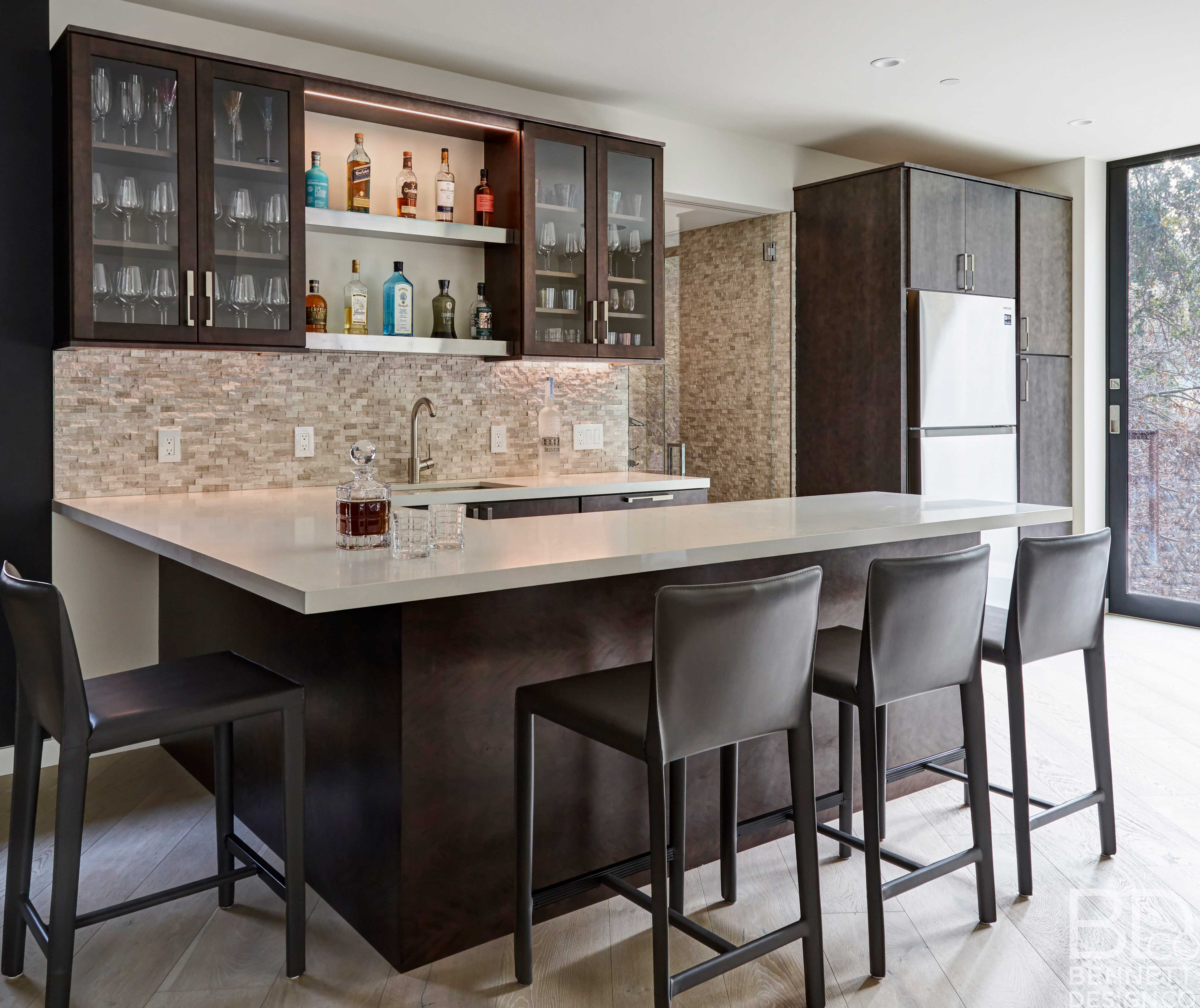 clean_and_contemporary_new_home_construction-1