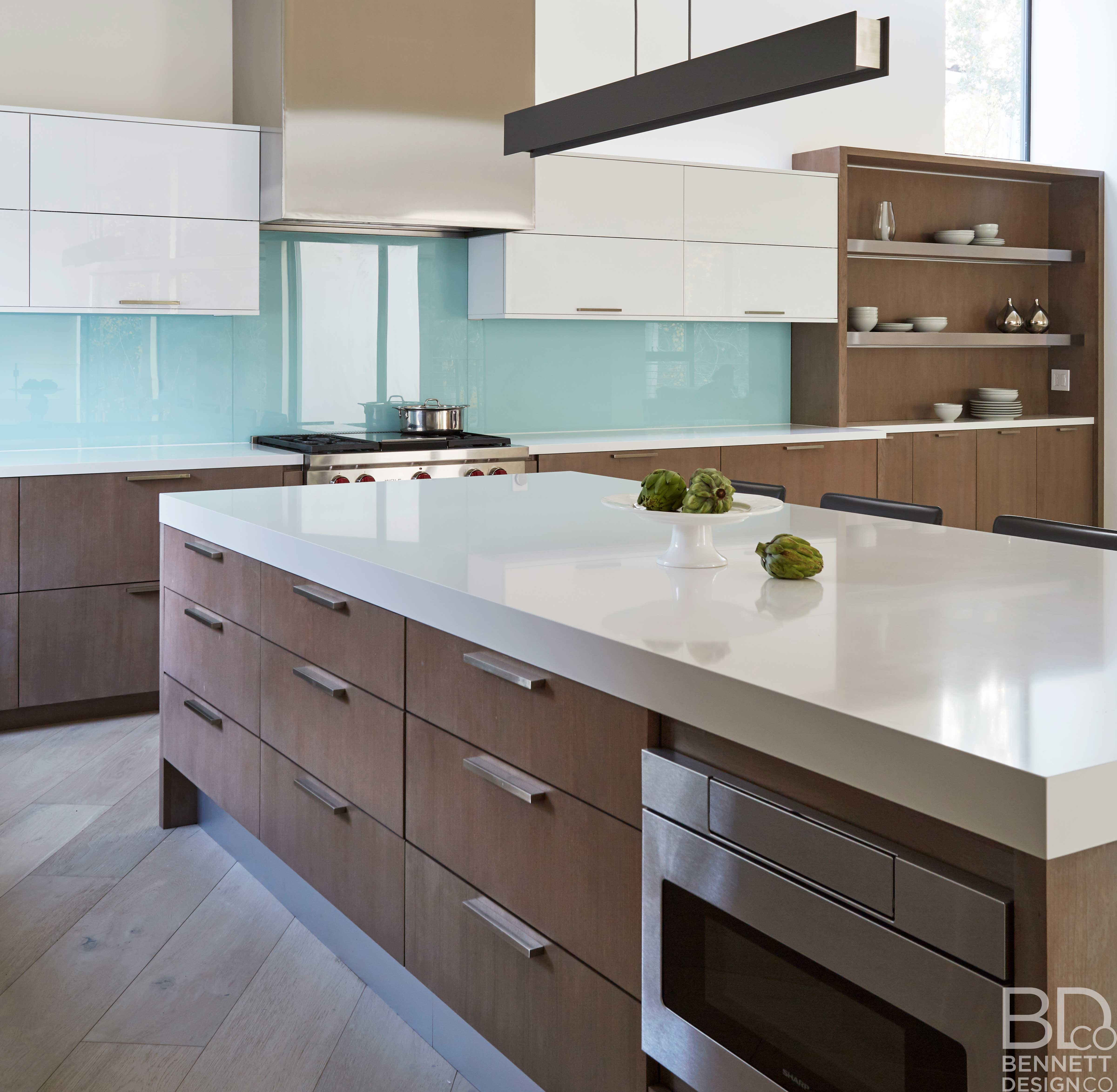 clean_and_contemporary_new_home_construction-10