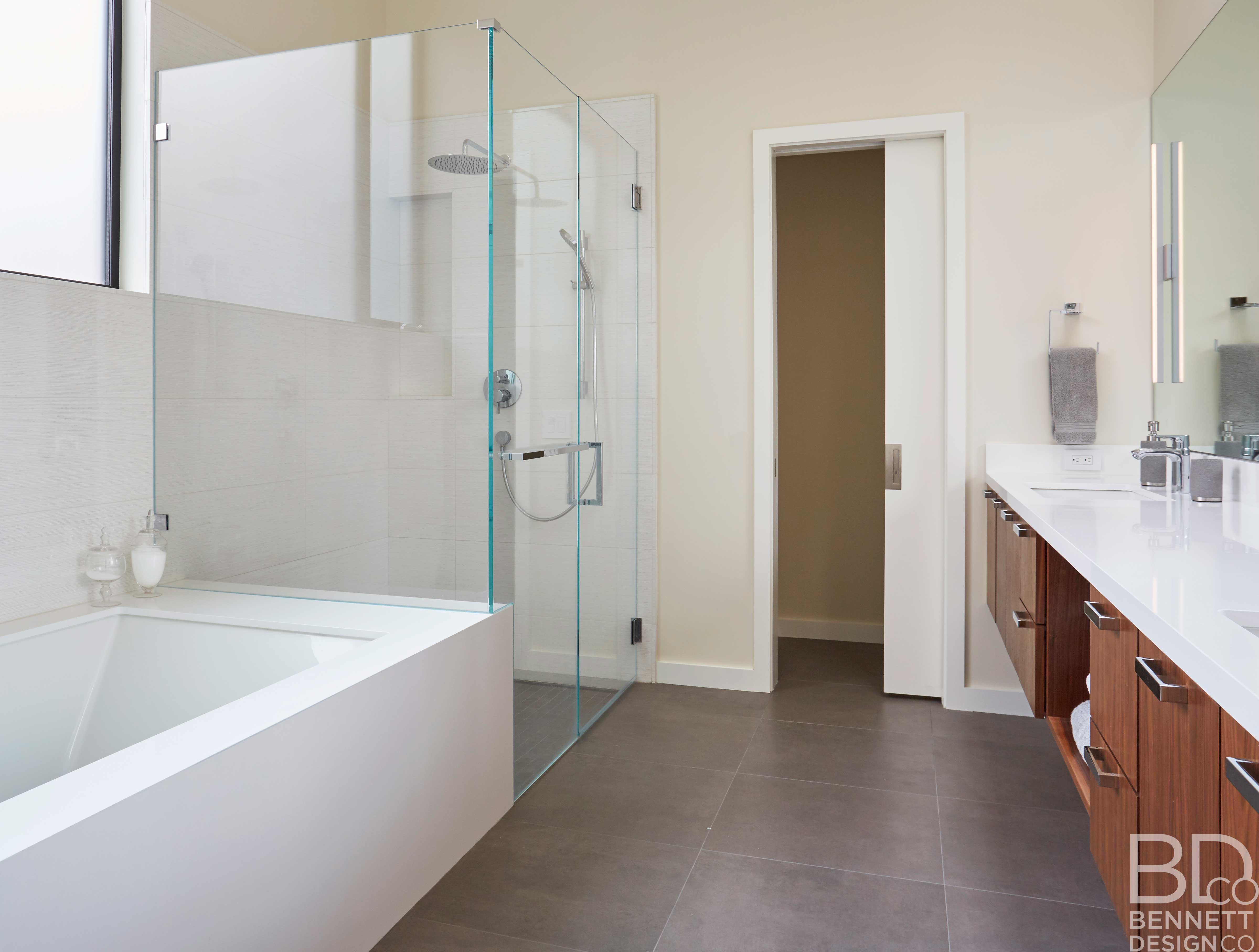 clean_and_contemporary_new_home_construction-12