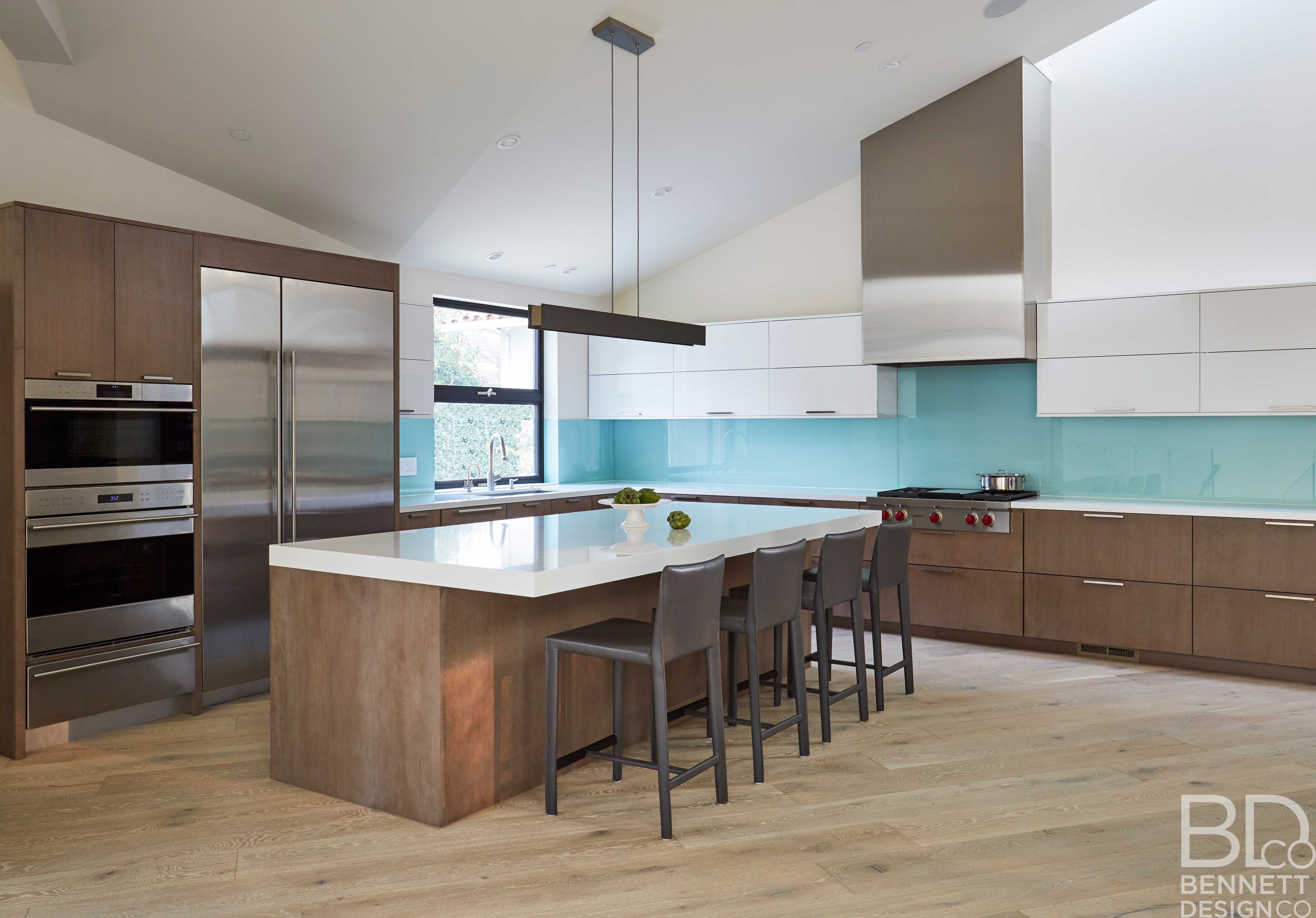 clean_and_contemporary_new_home_construction-5