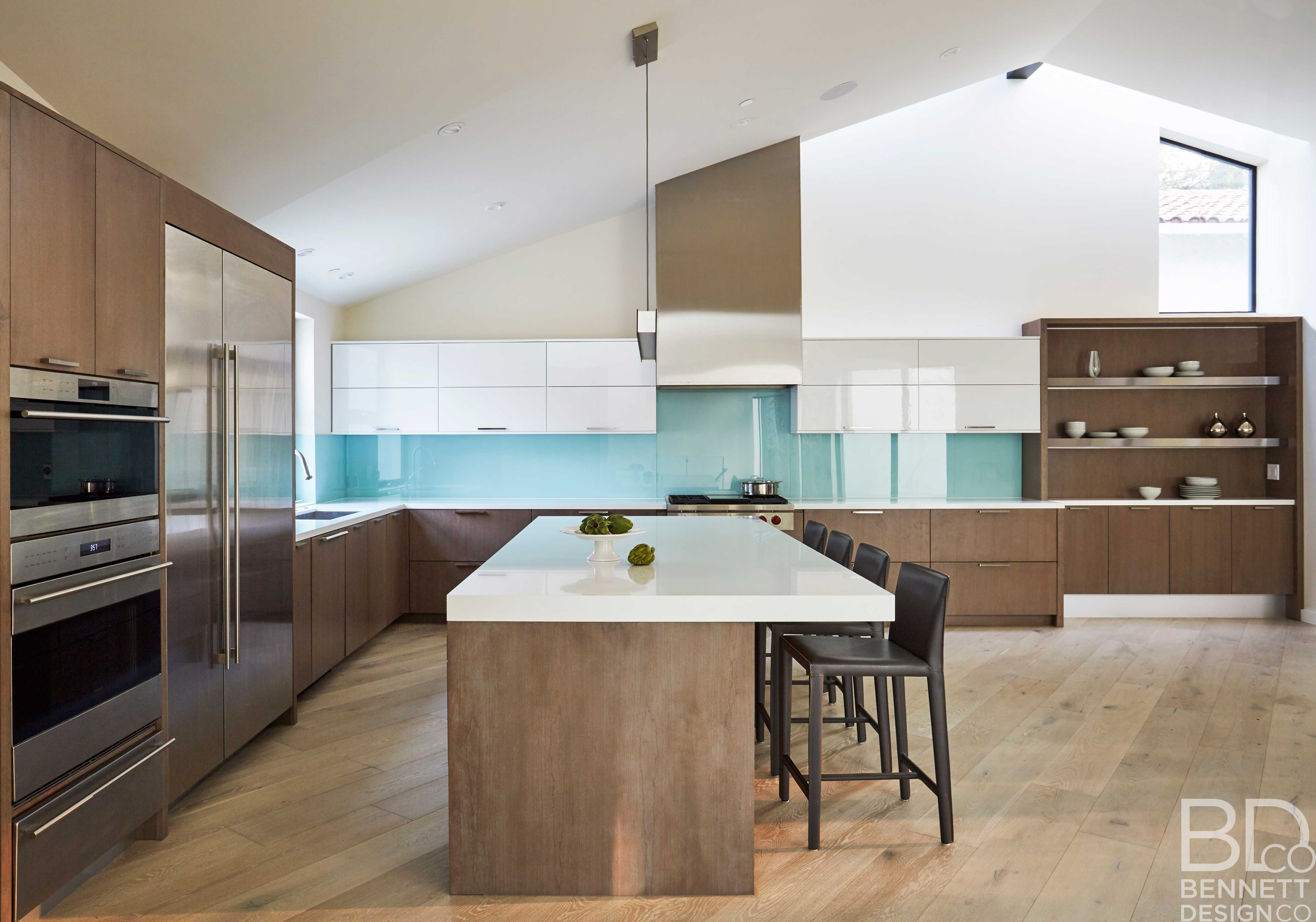 clean_and_contemporary_new_home_construction-7