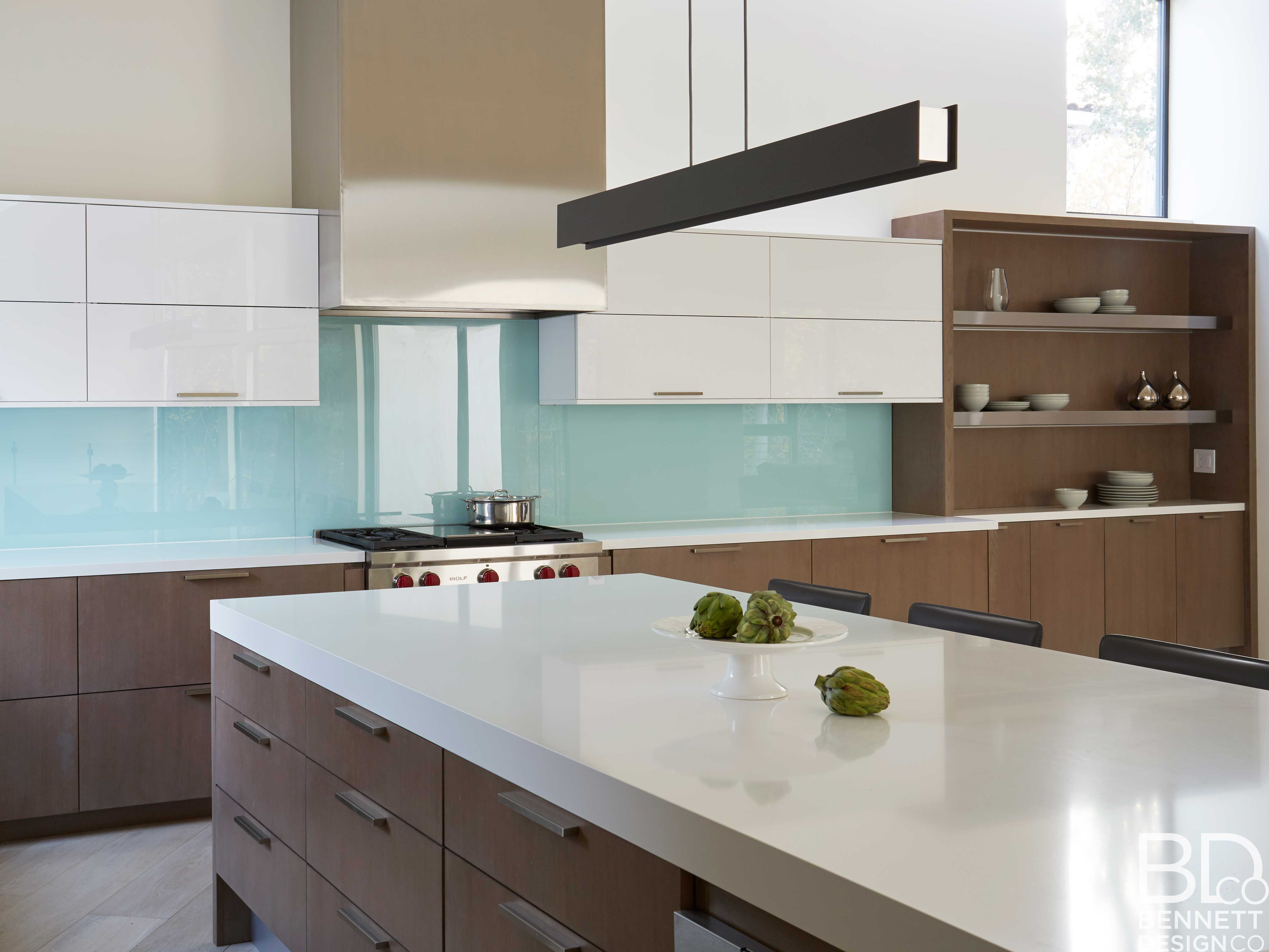 clean_and_contemporary_new_home_construction-8