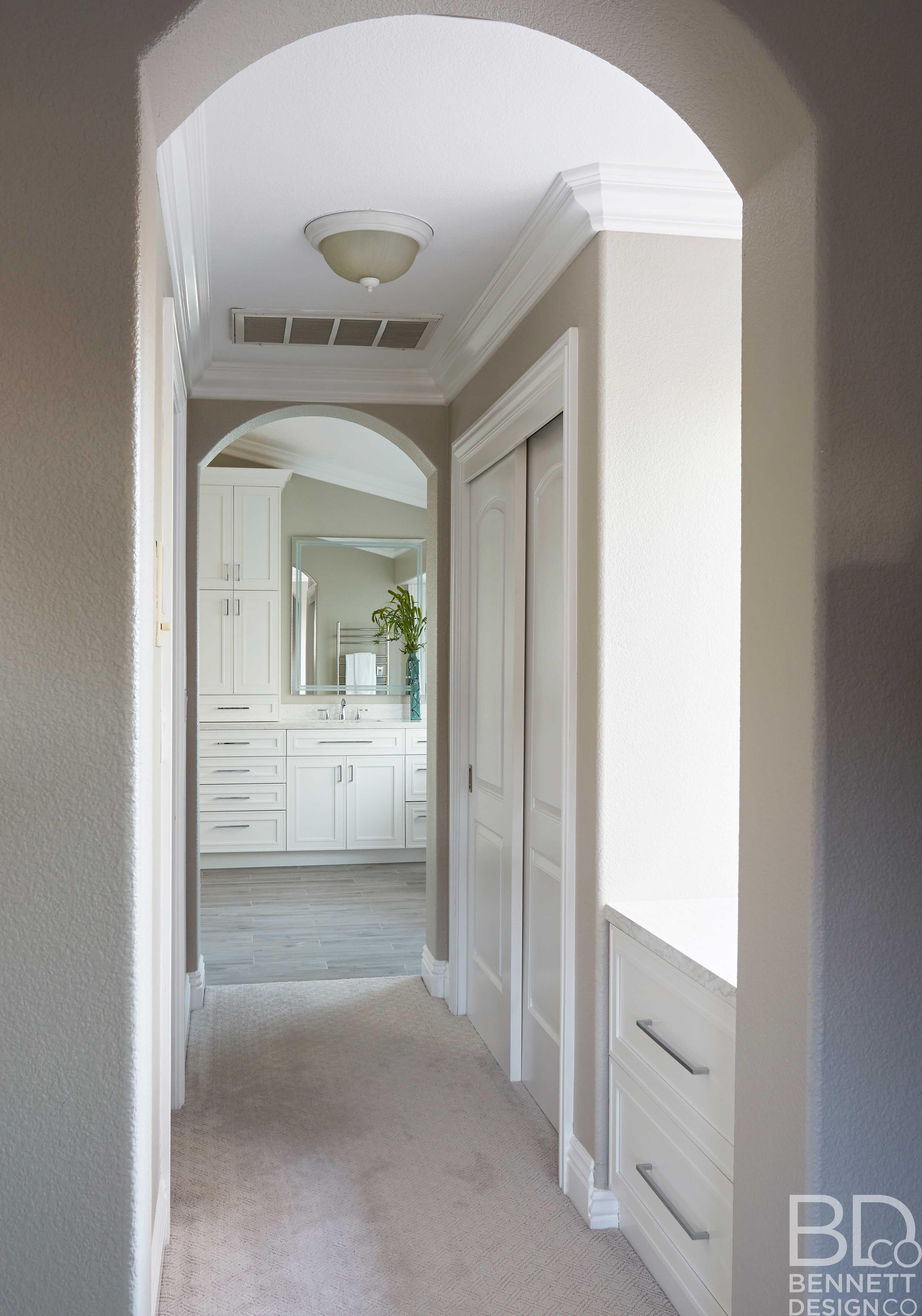 pretty_traditional_bathroom_remodel-1-(5)
