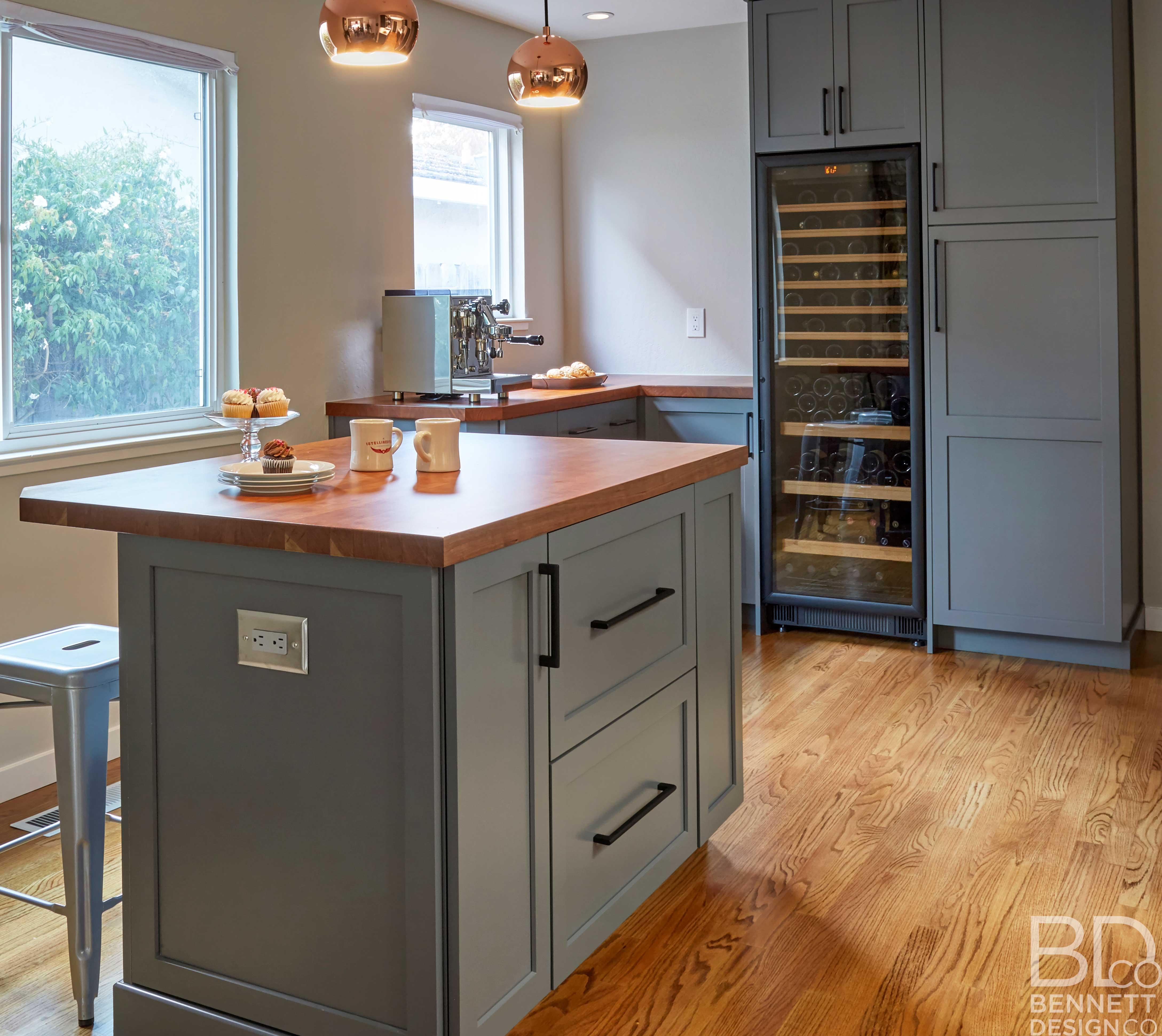 trendy_transitional_kitchen_remodel-Brewer-(4)