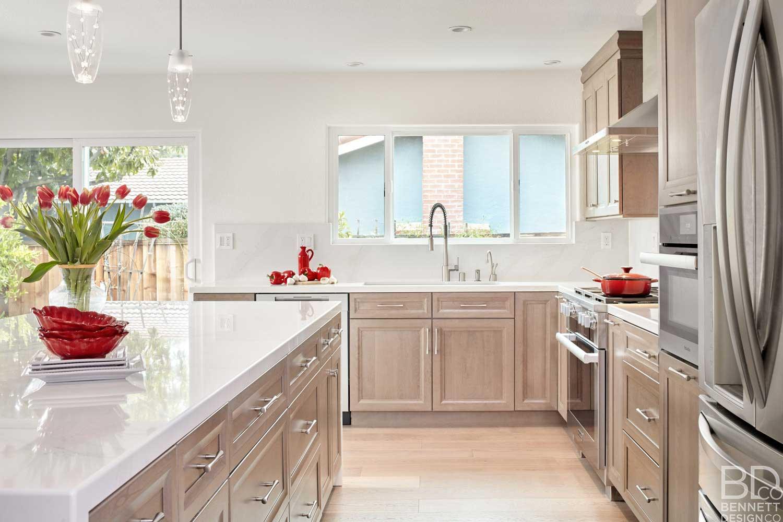 warm_transitional_kitchen_remodel-2